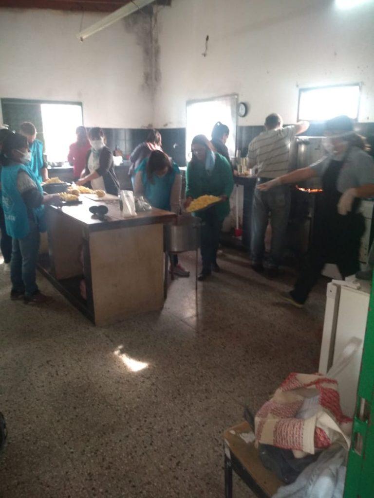 Trabajadores populares organizan olla popular en la localidad de San Carlos