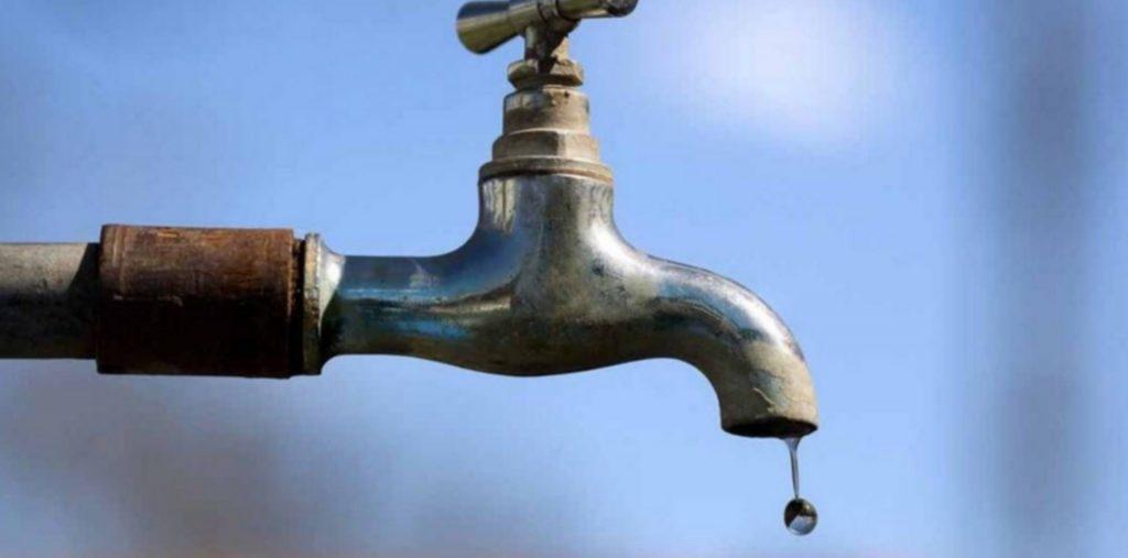 Comedor de Romero lleva 24 horas sin agua