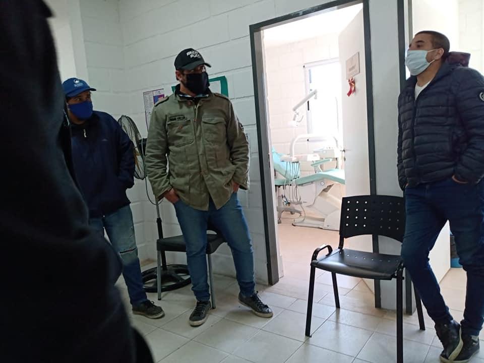 Una situación tensa se vivió el pasado miércoles, en el centro de salud Tekó Porá, cuando un sujeto muy nervioso y verborrágico, insultó y amenazó a trabajadoras del lugar.