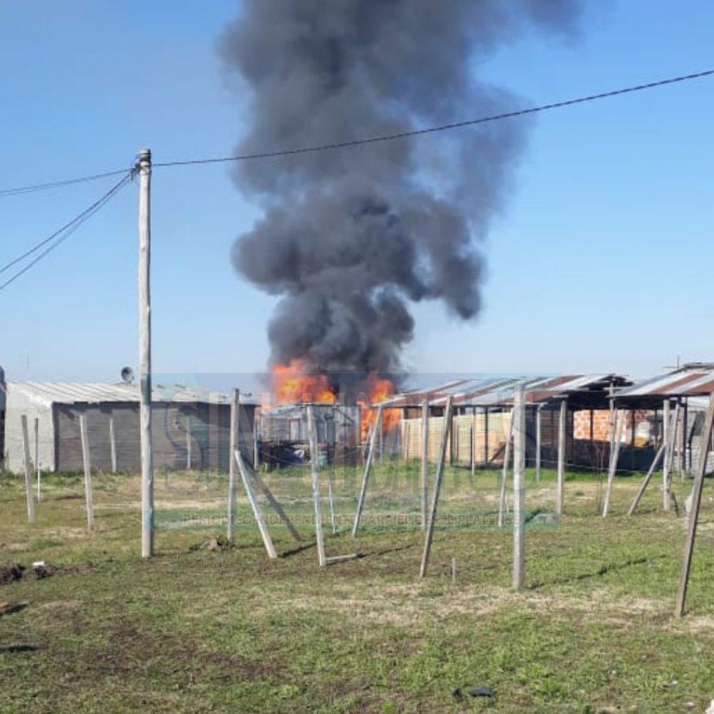 Se incendió una casilla en Abasto