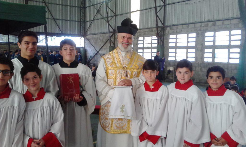 Exigen que se juzgue al sacerdote Raúl Sidders