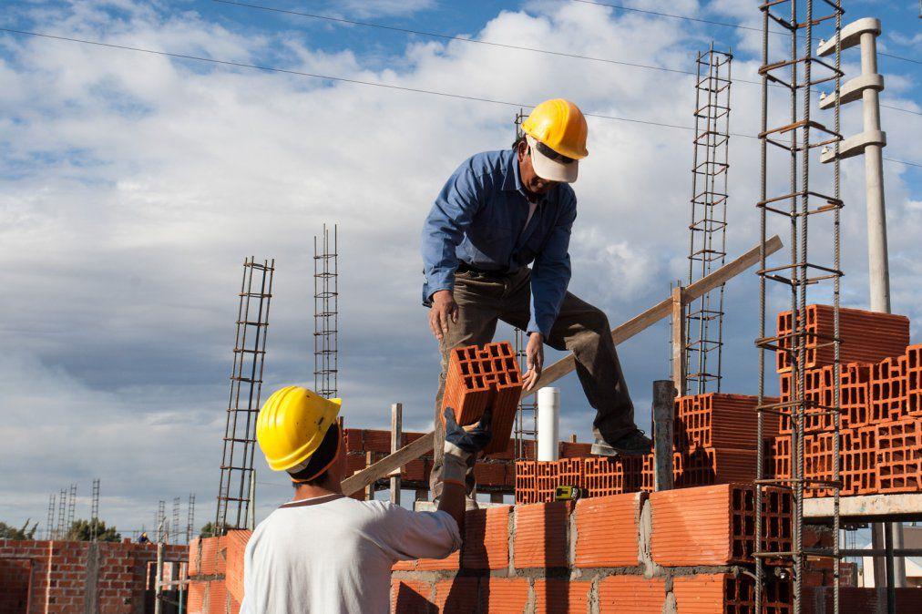 tierra, techo y trabajo