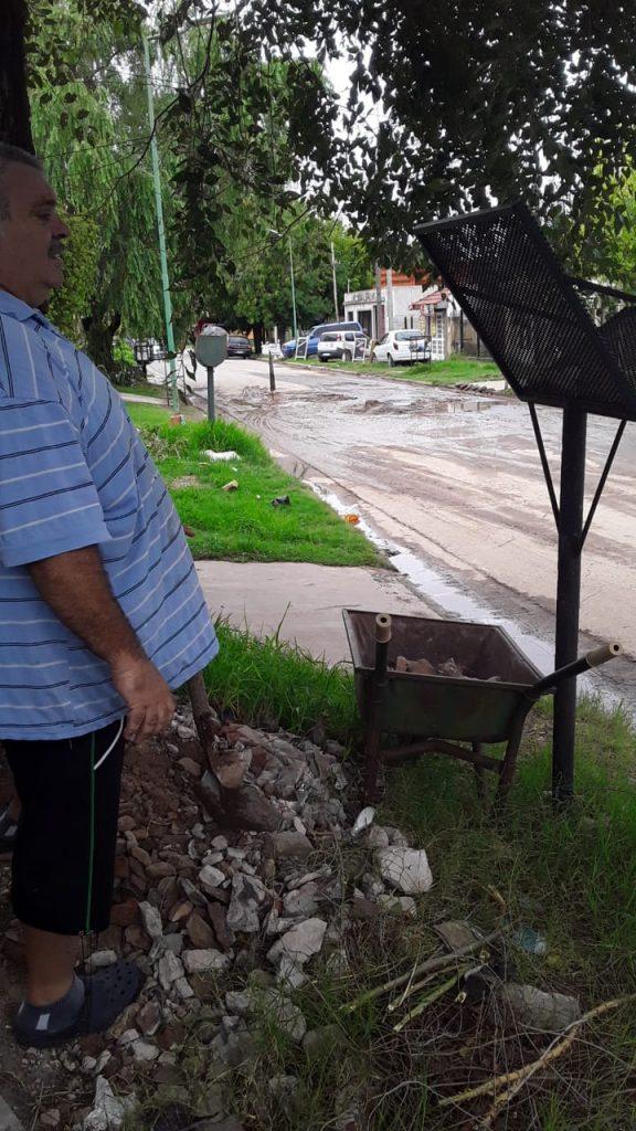 FINALMENTE ARREGLARON EL BACHE DE LA 42