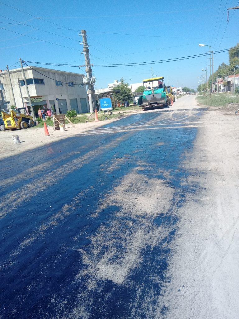 A 7 meses de iniciada la repavimentación, la Avenida 32 sigue intransitable