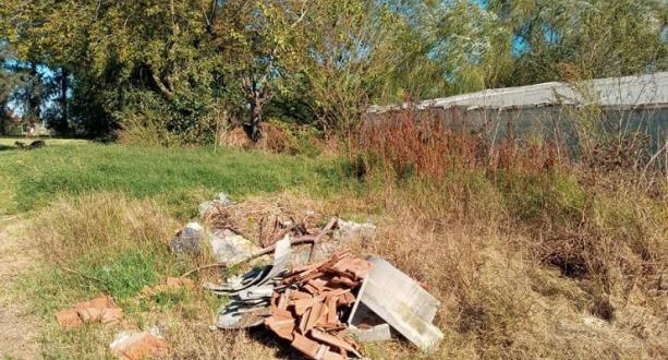 Olmos: Barrio Penitenciario sin luz y sin recolección de residuos
