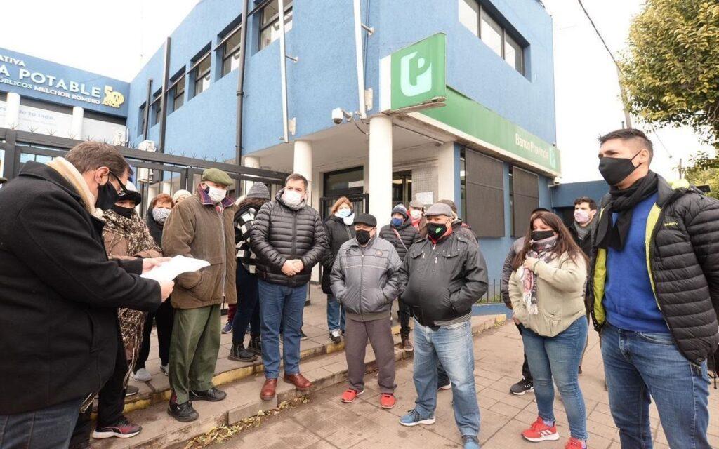 Romero: marcharon en contra del cierre del Banco Provincia